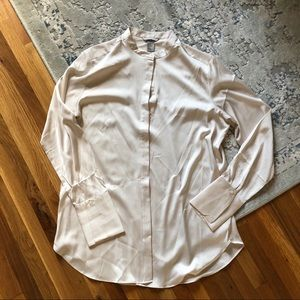 H&M faux satin top hidden buttons cream color